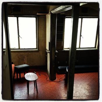 306号室。